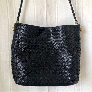 7150da5758 Women s Bottega Veneta Vintage Bag on Poshmark